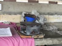 Heavy pressing iron with ember / schweres Bügeleisen mit glühenden Kohlen
